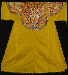 Emperor Silk Robes | Yellow silk fabric with dragons, material for a court robe, reign of ...