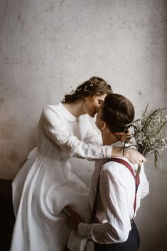 Different Styles Of Wedding Dresses. There are several designs of bridal gown, practically as many styles of wedding dresses as there are shapes of women. Bohemian Wedding Inspiration, Sarah J Maas, Wedding Photoshoot, Wedding Bells, Dream Wedding, Forest Wedding, Woodland Wedding, Boho Wedding, Just In Case