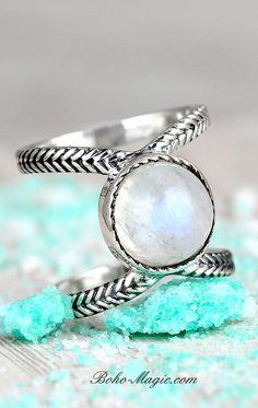 Gemstone Audacious Genuine Labradorite Gemstone Sterling Silver Engagement Ring Oval Cut Handmade