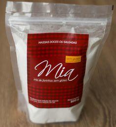 MIA MIX DE FARINHAS SEM GLÚTEN PARA MASSAS DOCES OU SALGADAS   A mistura de farinhas livre de glúten e lactose para massas doces ou salgadas da Mia é ideal para suas receitas de bolos, crepes, biscoitos, tortas, massas frescas e muito mais! O Mix de Farinhas da Mia também é isento de leite, soja, ovo e açúcar!