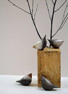 Debbie Barber Ceramics - Crafts Council click now for info. Clay Birds, Ceramic Birds, Ceramic Animals, Clay Animals, Ceramic Clay, Raku Pottery, Pottery Sculpture, Bird Sculpture, Pottery Art