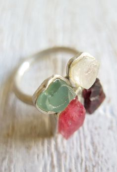 COLORS // Sterling silver ring with natural raw