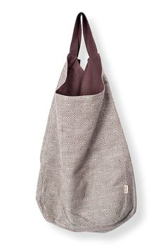 Linen bag in a diamond pattern; with brown lining