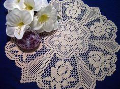 filet crochet roses | Rose filet doily by DoilyMania on Etsy