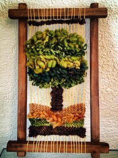 ETNIA COLOR: Trabajos de algunas alumnas Tapestry Weaving, Loom Weaving, Make And Sell, How To Make, Art N Craft, Wagon Wheel, Tear, Woven Wall Hanging, Needle Felting