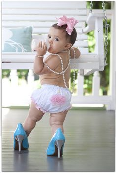 ideas for when I do aleyahs first birthday pics
