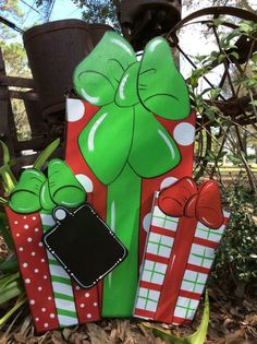 Christmas yard art, yard decor, wood yard art, yard art, wood yard signs Christmas yard presents – The Best DIY Outdoor Christmas Decor Christmas Yard Art, Christmas Yard Decorations, Grinch Christmas, Christmas Signs, Christmas Projects, Christmas Time, Christmas Ornaments, Outdoor Decorations, Wood Yard Art