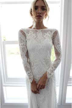 Our Inca dress is the ultimate, luxurious Grace loves lace design for the stylish bride wanting maximum impact without being over-the-top or compromising on comfort and practicality. THE dress no one will ever forget and you will never want to take off. We sourced the most unique combination of delicate European laces to create Inca …