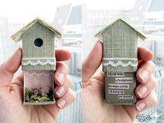 tucat ötlet gyufásskatulyából altered matchbox - birdhouse with baby birds inside. Nxaltered matchbox - birdhouse with baby birds inside. Matchbox Crafts, Matchbox Art, Diy And Crafts, Crafts For Kids, Paper Crafts, Bird Crafts, Diy Projects To Try, Craft Projects, Project Ideas