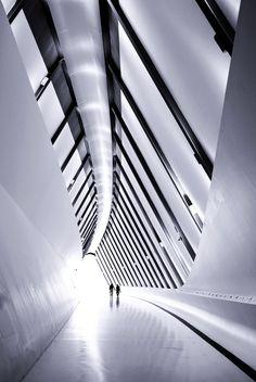 A-Zdvent calendar: Zaragoza Bridge Pavilion by Zaha Hadid Parasitic Architecture, Architecture Old, Amazing Architecture, Contemporary Architecture, Loft Design, House Design, Zaha Hadid Buildings, Zaha Hadid Design, Bridge Design