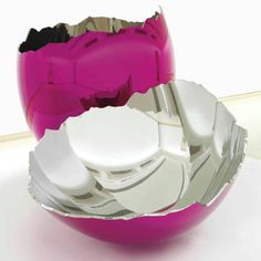 Jeff Koons new cracked egg sculpture is expected to break millions. See it here!