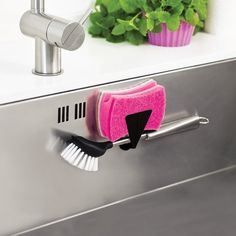 Let your washing-up brush or sponge hang discreetly to dry in the kitchen sink. Attaches to steel sinks using powerful magnets. Easy to attach and remove. Dimensions: 2.5 cm / 1 in. Please allow 2 weeks for shipping.