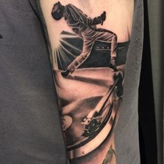 Get to witness the most amazing Freddie Mercury tattoos and deisgns here. We have the most splendid art styles that will tell you all the meaning of Freddie Mercury tattoos meaning Dream Tattoos, Cute Tattoos, Black Tattoos, Hand Tattoos, Tattoos For Guys, Tattoos For Women, Tatoos, Freddie Mercury Tattoo, Doctor Who Tattoos