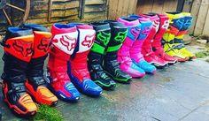 Dirt Bike Riding Gear, Dirt Bike Boots, Mx Boots, Dirt Bike Racing, Motocross Clothing, Motocross Girls, Motocross Gear, Equipement Cross, Dirt Bikes For Kids