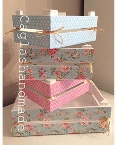 4 Certain Cool Tips: Shabby Chic Kitchen Window shabby chic diy decorating.Shabby Chic Crafts To Make shabby chic blue dessert tables. Shabby Chic Crafts, Shabby Chic Decor, Manualidades Shabby Chic, Creation Deco, Diy Gifts, Handmade Gifts, Diy And Crafts, Craft Projects, Decorative Boxes