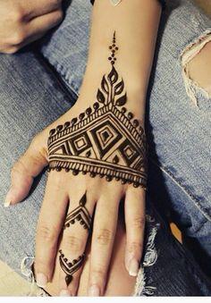 Henna on Pinterest | Henna Tattoo Designs, Henna Tattoos and Henna ...