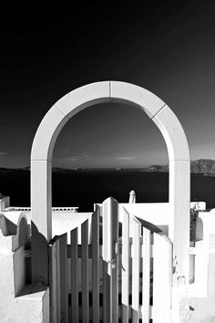 Greece Santorini Greece, Mykonos, Places Around The World, Around The Worlds, Greece Travel, Greek Islands, Athens, Places To Go, Beautiful Places