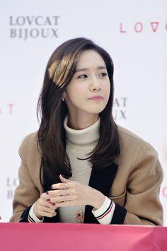 Yoona Snsd, Sooyoung, Im Yoon Ah, Korean Fashion, Female Fashion, Girls Generation, Korean Singer, South Korean Girls, Asian Woman