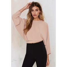 Leonore Dolman Crop Top (16.940 HUF) ❤ liked on Polyvore featuring tops, beige, loose crop top, tie top, dolman-sleeve tops, beige crop top and loose tops