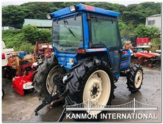 UsedJapaneseTractors.jp : ISEKI TA 527F CABIN 4WD Cabin, Tractor, Cabins, Cottage, Cubicle