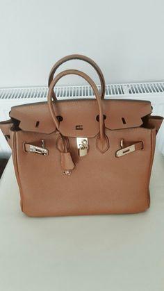 Gold hardware padlock 35cm tote handbag TAN