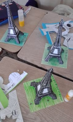 On Construit La Tour Eiffel Escuelaspluriling . Paris Themed Birthday Party, Paris Party, Tour Eiffel, French Lessons, Art Lessons, Eiffel Tower Craft, Ecole Art, World Crafts, Middle School Art