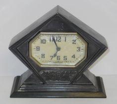 Vintage 1920`s Lux Art Deco Desk Clock