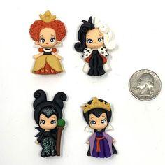 Disney Clay Charms, Polymer Clay Disney, Cute Polymer Clay, Cute Clay, Polymer Clay Dolls, Polymer Clay Miniatures, Polymer Clay Charms, Easy Disney Drawings, Crafts To Make And Sell