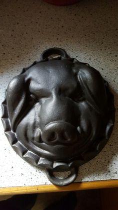 Pig cake bundt pan