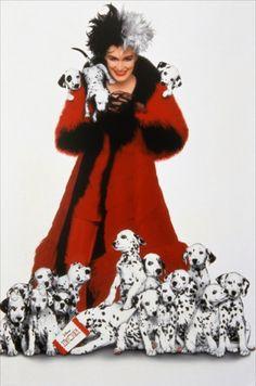 Cruella de Vill (Glenn Close) de 101 Dálmatas de 1996