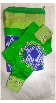 Cutwork Blouse Designs, Patch Work Blouse Designs, Kids Blouse Designs, Maggam Work Designs, Pattu Saree Blouse Designs, Simple Blouse Designs, Peacock Blouse Designs, Mirror Work Saree Blouse, Mirror Work Blouse Design