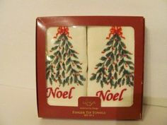 HOLIDAY NOEL BOXED TIP SET Lenox http://www.amazon.com/dp/B007Q3DCBI/ref=cm_sw_r_pi_dp_KSRgub1PQCH3D