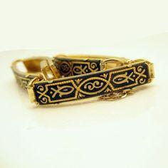 Vintage DAMASCENE Bracelet Large Rectangle Fish Links Nice Detail Black Gold #UnknownBrand #Links