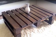 Featured Image | DIY Pallet Coffee Table