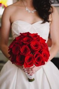 Wedding, White, Red, Bouquet, Roses, Gown, Sweetheart, Neckline,