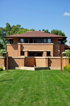 Darwin Martin House. 1904. Buffalo, New York. Frank Lloyd Wright  |  The Carriage House, which was demolished in the 70's was recently rebuilt in the manner of the original.  Who thought that would ever happen?