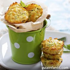 Get some in these healthy zucchini tots - good for an appetizer or a. Zucchini Muffins, Zucchini Tots, Healthy Muffins, Protein Muffins, Recipe Zucchini, Cranberry Muffins, Muffins Blueberry, Morning Glory Muffins, Donut Muffins