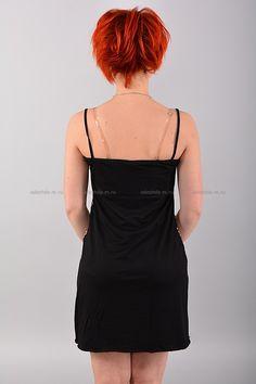 Сорочка В0808 Цена: 280 руб Очаровательная сорочка на тонких бретелях. Модель приталенного кроя с глубоким V-образным вырезом горловины. Изделие украшено ажурной вставкой на груди. Состав: 80 % полиэстер, 20 % эластан. Рост модели на фото: 156 см. Размеры: 42-52  http://odezhda-m.ru/products/sorochka-v0808  #одежда #женщинам #домашняяодежда #одеждамаркет