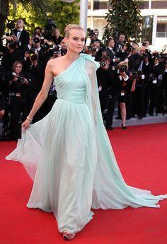 Diane Kruger in Giambattista Valli Couture.