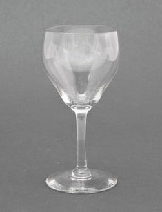 Kirkkaat juoma-, viini-, likööri-, snapsilasit & kahvi- ja teekupit | Astiataivas.fi - Vanhojen astioiden ystävien löytöpaikka Flute, White Wine, Wine Glass, Alcoholic Drinks, Champagne, Tableware, Dinnerware, Alcoholic Beverages, Tablewares