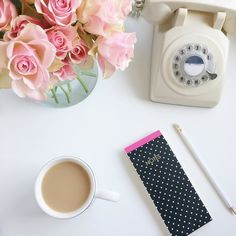Just about caught up after a super busy weekend away in London - today is all about tea and client mood boards! Have a lovely Wednesday x