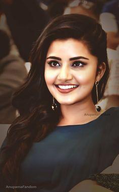 Beautiful Girl Photo, Cute Girl Photo, Beautiful Girl Indian, Most Beautiful Indian Actress, Beautiful Bollywood Actress, Beautiful Actresses, Beauty Full Girl, Beauty Women, Indian Natural Beauty
