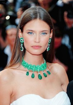 Bianca Balti Hairstyle, Makeup, Dresses, Shoes And Perfume   Celeb ...