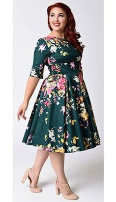 Plus Size Vintage Deep Green Seville Floral Half Sleeve Hepburn Swing Dress - all women's dresses, coast dresses, gold color dresses women's dresses *ad Curvy Fashion, Plus Size Fashion, Steampunk Fashion, Gothic Fashion, Womens Fashion, Plus Size Dresses, Plus Size Outfits, Coctail Dress Plus Size, Plus Size Vintage Dresses