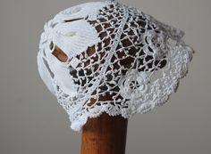 Vintage Crochet Baby Bonnet Vintage Baby Bonnet by hibrink on Etsy https://www.etsy.com/listing/246071349/vintage-crochet-baby-bonnet-vintage-baby