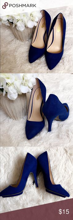 Charlotte Russe  Royal Blue DBL Pointed Toe Pump Seriously, this blue is one of my faves. It's a neutral in my book ! This color can be paired with just about anything and it gives an overall CHIC look. Perfect for the office, shopping at the mall, and a dinner date with your man ! The shoe doesn't have a super high heel, just high enough to stand lady like and be comfortable at the same time. Shoes have been worn once! Once y'all, just once. Practically brand new. Add them to your closet…