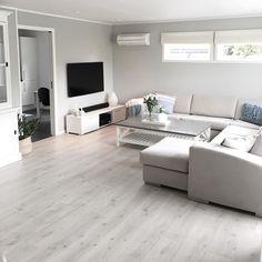 Small Apartment Interior, Living Room Interior, Home Living Room, Home Room Design, Home Interior Design, Living Room Designs, Classy Living Room, Simple Living Room Decor, Living Room Inspiration