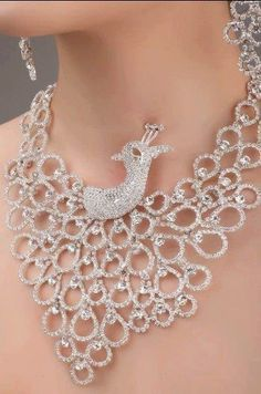 Aslove high quality charming Three-piece bridal jewelry sets necklace and earring;Length of the necklace can … Peacock Jewelry, Peacock Necklace, Rhinestone Necklace, Pearl Necklace, Silver Rhinestone, Bridal Jewelry Sets, Wedding Jewelry, Stylish Jewelry, Unique Jewelry