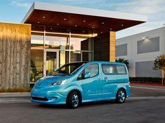 Nissan anunciou que sua van compacta 100% elétrica, a e-NV200, entra em produção em Barcelona em 2013.