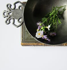 Two Handle Pewter Porringer - Vintage German Pewter - Zin 90 JWV Hallmark -  Double Handle Serving Bowl - Decorative Metal Footed Dish - pinned by pin4etsy.com